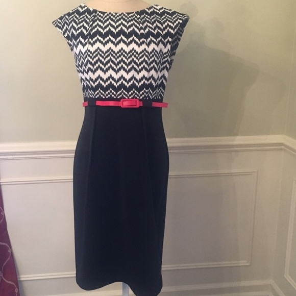 connected apparel Dresses & Skirts - Size 8 belted dress